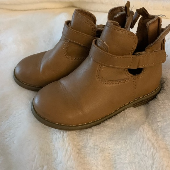Old Navy Other - Toddler girl size 8 boots